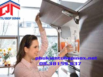 Phụ kiện tủ bếp Blum - Bộ tay nâng đơn AVENTOS HK - S