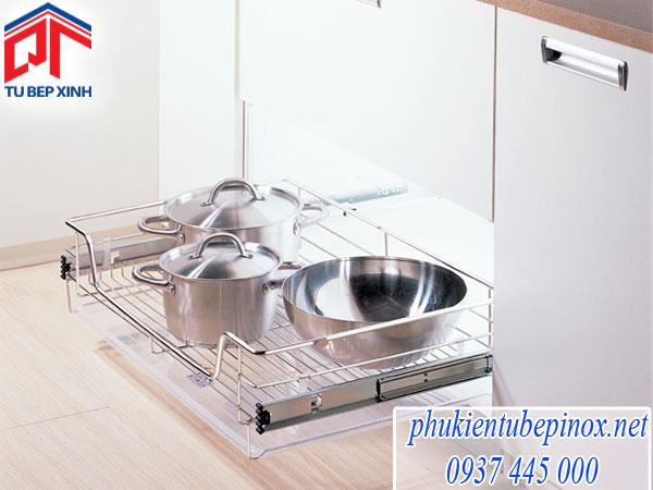 Cách sắp xếp phụ kiện tủ bếp khoa học cho căn bếp đẹp thông minh hiện đại nhất hiện nay