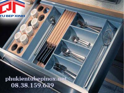 Phụ kiện tủ bếp Hafele - Khay chia dao, muỗng đũa nhựa màu xám bạc cho hộc kéo